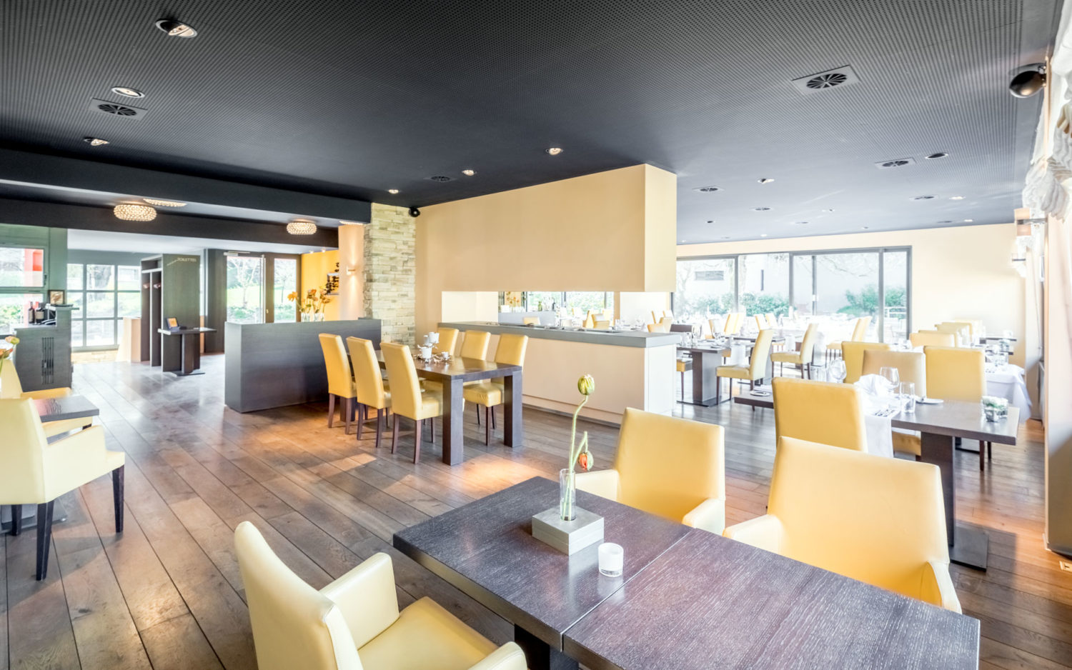 360° virtuelle Tour durch ein Restaurant